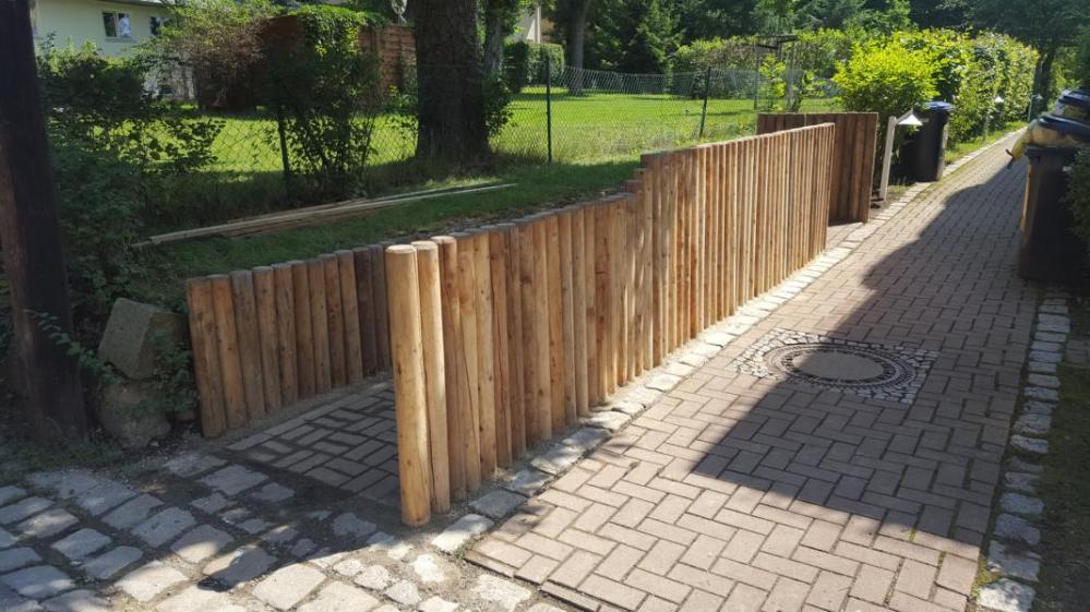 Holzpalisaden Lärchenholz